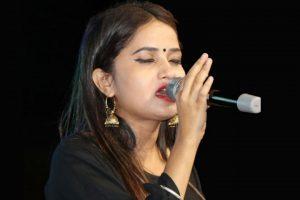 एलिना चौहानको स्वरमा 'हावामा फैलियो मधुरो गीत'को भिडियो सार्वजनिक